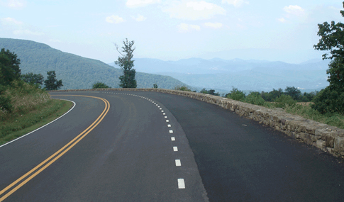 Skyline drive winds through Shenandoah National Park.