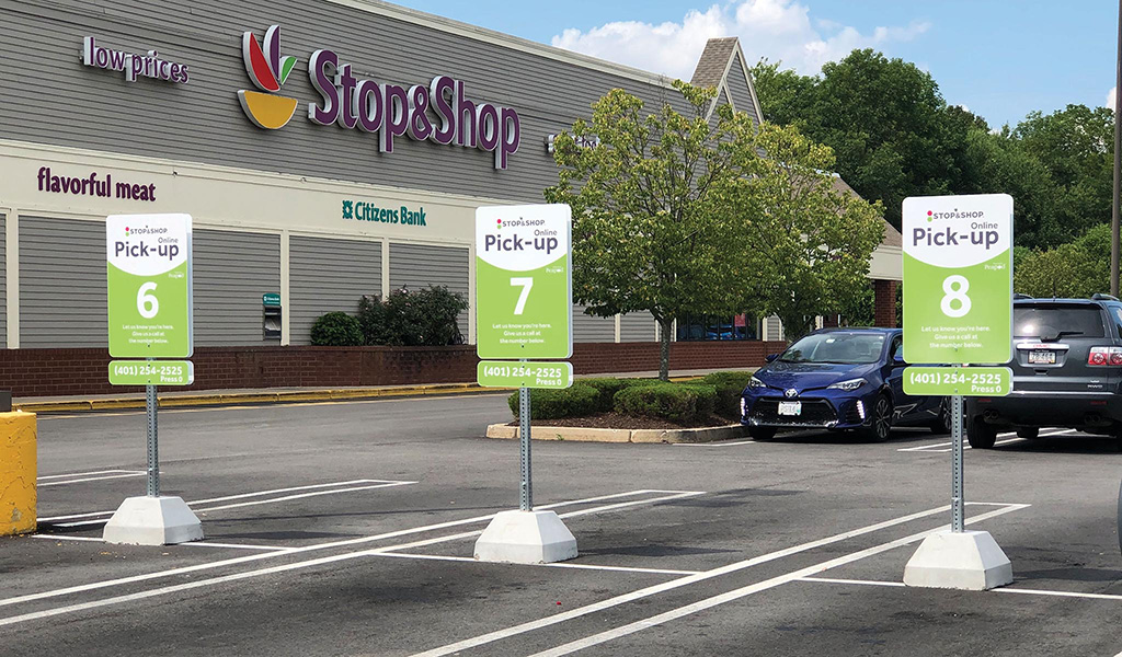 Click & Collect program at participating Stop & Shop locations.
